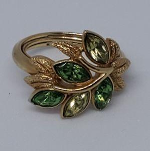 Vintage Avon 'Leaf Lights' Green Leaves Ring
